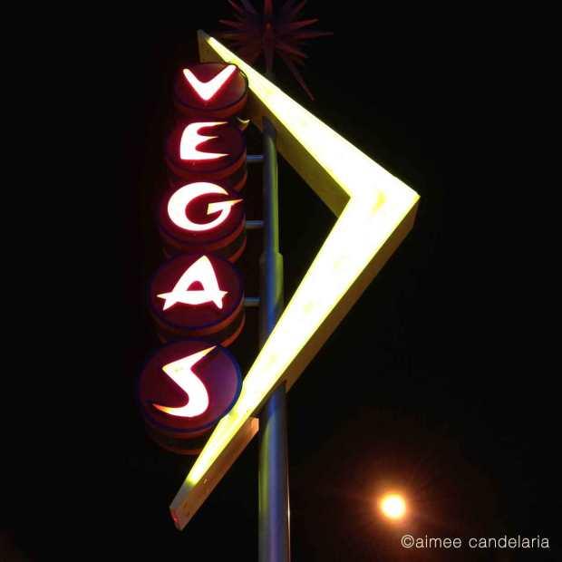 1599-neon-Vegas